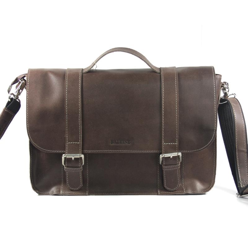 b3da5c087b1b5 Skórzana torba z klapą na ramię, brązowa