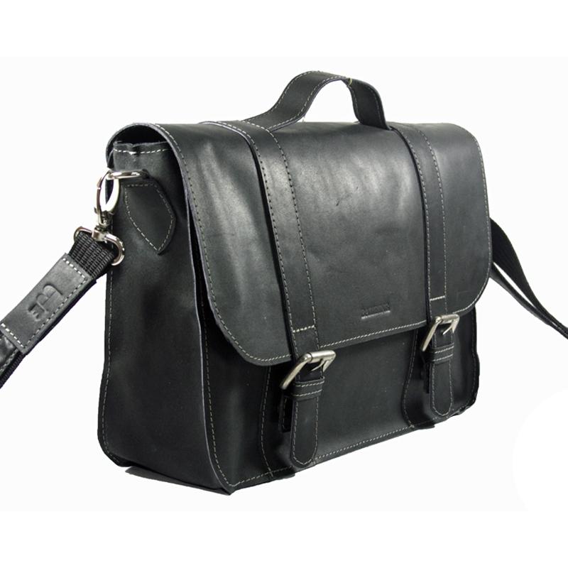 0fed5a26ba603 Skórzana torba z klapą na ramię, czarna