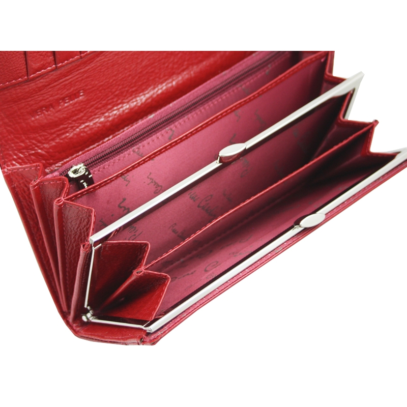 85158574f7b14 Lakierowany skórzany portfel damski Pierre Cardin